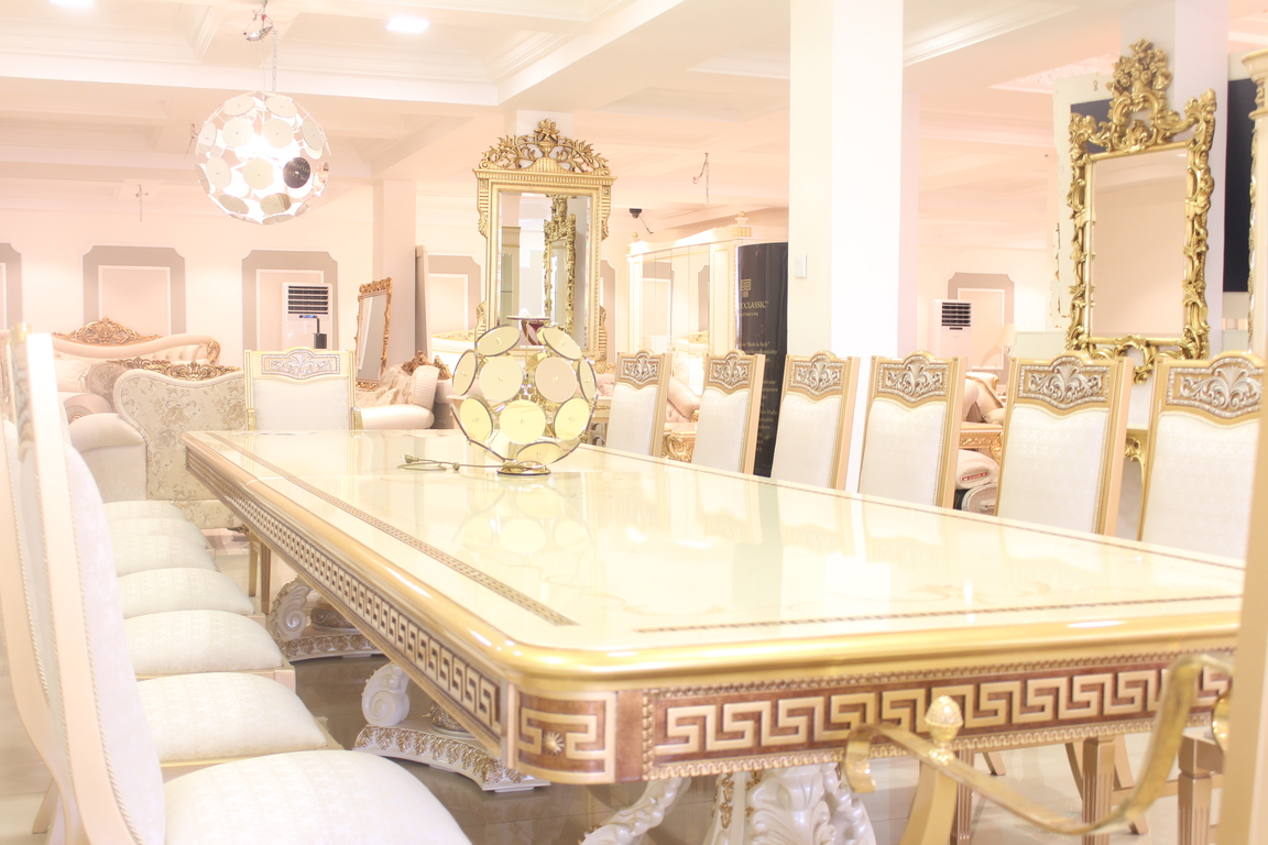 Superb Versace Dining Table Set Images   Dining Table Set Designs