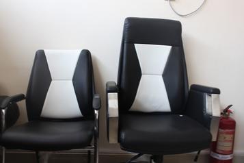 buy Grand Brilliant Swivel Chair