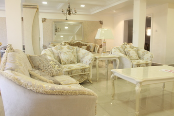 buy Rossini 7 Seater Sofa Set With 2 Side Tables And A Coffee Table