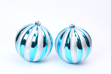 Christmas decor   hanging balls 2 in 1.index