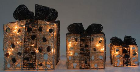 Christmas decorative gift box.index