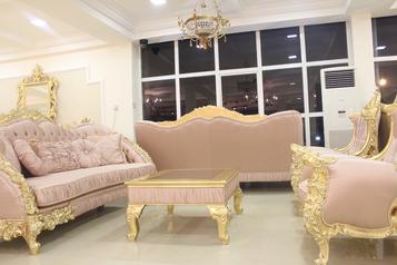 buy Grand 8 Seater Beulah Sofa Set
